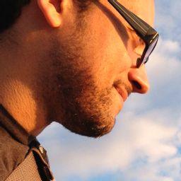 Erik Loyer