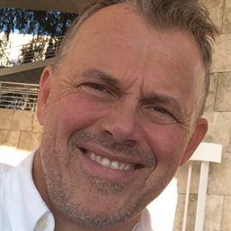 Edgar  Barens
