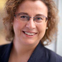 Ana Ayerbe Fernandez-Cuesta