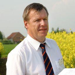 Klaus-Herbert Rolf